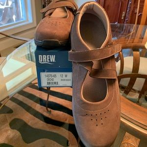 Women's Drew Orchid Brown Nubuck Shoes 12W